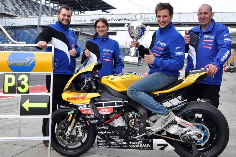 Marvin Fritz mit Team - Rennen 1 auf dem Lausitzring - Pos. 3