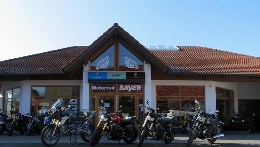 Motorrad Bayer Außenansicht