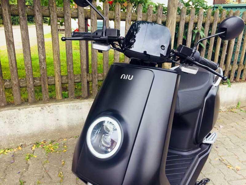 NIU N1S Elektroroller - Motorrad Bayer Niederrieden